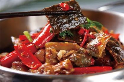 砂锅水鱼煲